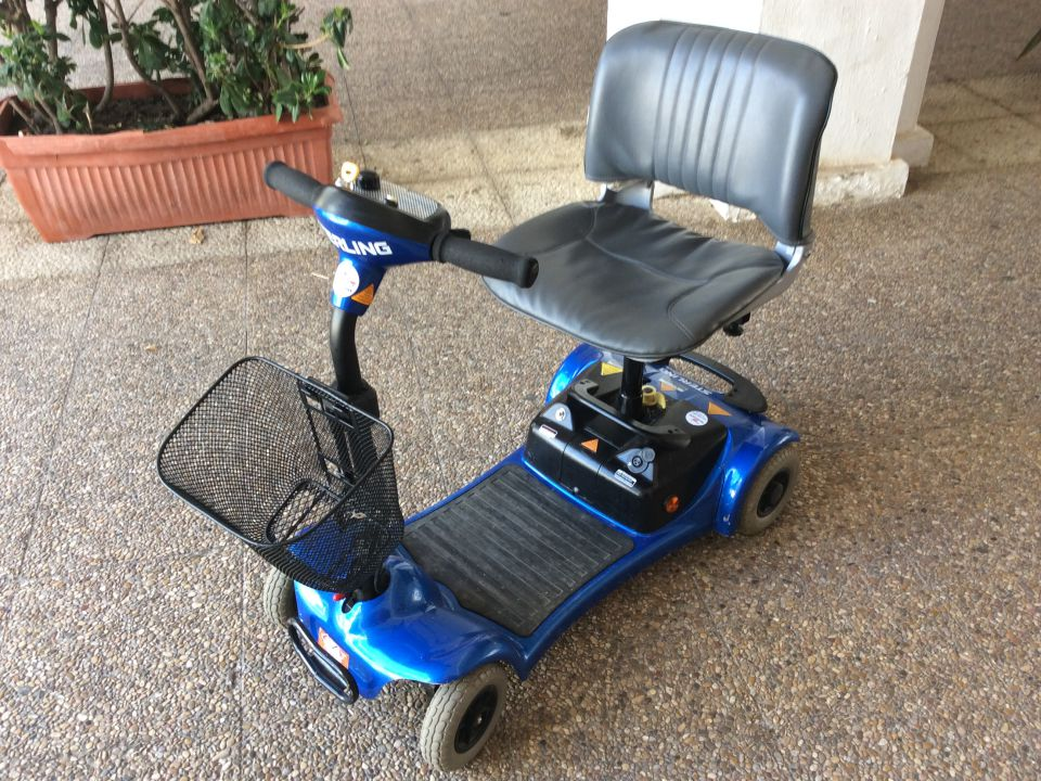 Mobility scooter hire duquesa